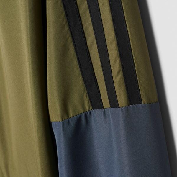 TS ICONIC WV Adidas férfi melegítő