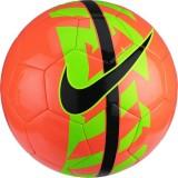 Nike React Football labda